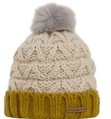 livvy-bobble-hat