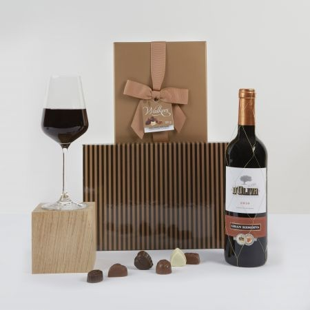 red-wine-and-chocolate-hamper